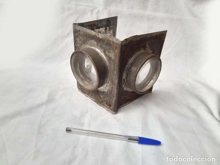 Antigüedades: Restos de Farol o Linterna Mágica antigua con lupas en los lados.. - Foto 2 - 213220053