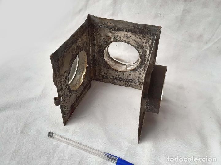 Antigüedades: Restos de Farol o Linterna Mágica antigua con lupas en los lados.. - Foto 3 - 213220053