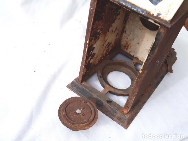 Antigüedades: Proyector de cine antiguo. 35 mm. Sin marca. Incompleto. - Foto 8 - 213221931