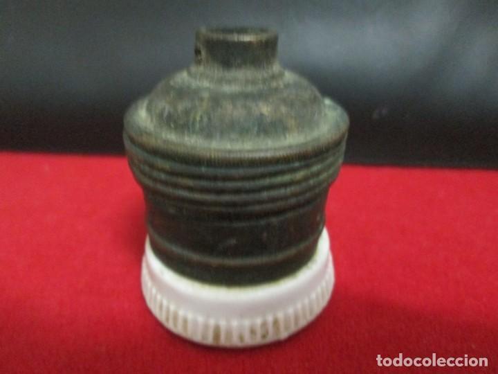 Antigüedades: ANTIGUO CASQUILLO DE PORCELANA - Foto 2 - 213384535