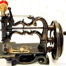 Antigüedades: ANTIGUA MAQUINA DE COSER CHARLES RAYMOND 1893 ANTIQUE SEWING MACHINE A COUDRE. Lote 213482663