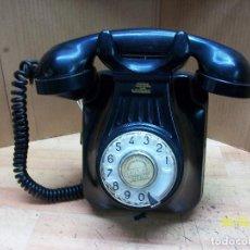 Teléfonos: ANTIGUO TELEFONO ESPAÑOL-STANDARD ELECTRICA-BAQULITA-FUNCIONA-AÑOS 1950. Lote 213579710