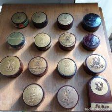 Antigüedades: ANTIGUA COLECCIÓN 15 CAJAS CINTA MAQUINA ESCRIBIR*PELIKAN*PRECIOSO GRÁFICOS-BAKELITA*-GERMANY. Lote 213605426