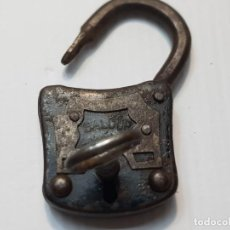 Antigüedades: CANDADO DE FORJA CON LLAVE BALDUR. Lote 213660722
