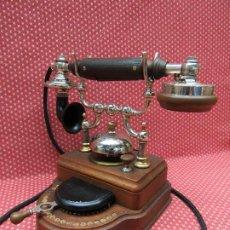 Teléfonos: TELEFONO CENTRALITA DE 20 LINEAS INTERNAS, DE LA MARCA L. M. ERICSSON (SUECIA). AÑO 1929.. Lote 213756796