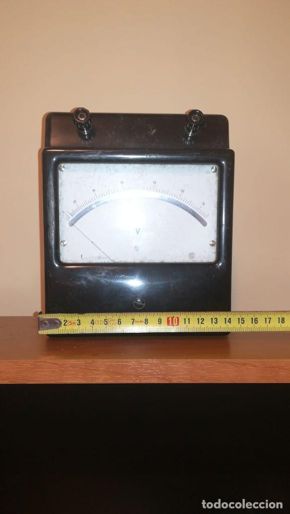 ANTIGUO VOLTIMETRO (Antigüedades - Técnicas - Herramientas Profesionales - Electricidad)