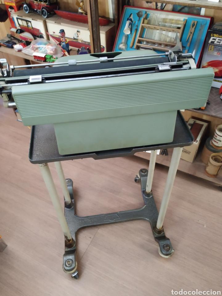 Antigüedades: Maquina de escribir Hispano olivetti lesicon 80 - Foto 7 - 213765073