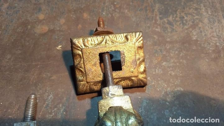 Antigüedades: Aldaba o pìcaporte mano de fátima. Antiguo original y completo - Foto 4 - 213862565