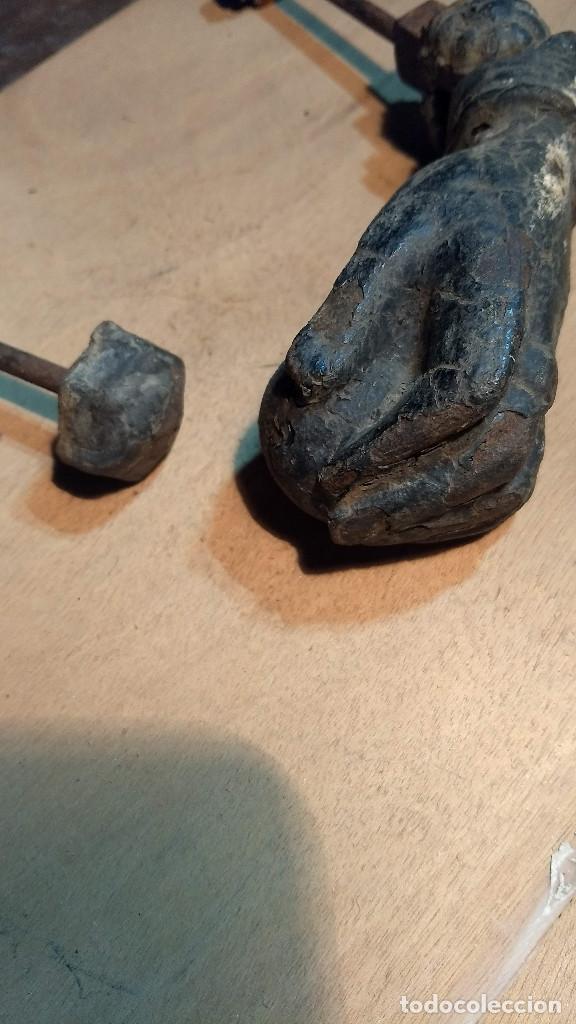 Antigüedades: Antiguo picaporte mano de fátima, de hierro. Completo - Foto 2 - 213866170