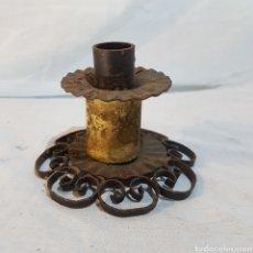 Antigüedades: CANDELABRO EN HIERRO FORJADO. Lote 214156247