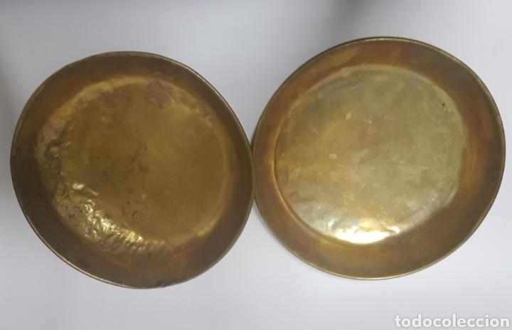 Antigüedades: Antigua Balanza de hierro y platos de latón - Foto 6 - 214201031