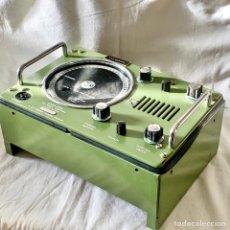 Antigüedades: RADIO TELEFONO MARITIMO VHF SAILOR 3 RT144C AALBORG DENMARK TELEPHONE BARCO. Lote 214234356