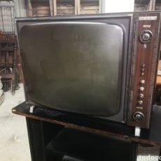 Antigüedades: ANTIGUO TELEVISOR DE WALD. Lote 214263982