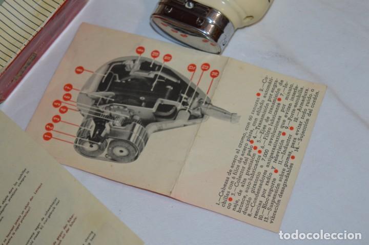Antigüedades: ANTIGUA AFEITADORA ELÉCTRICA PHILISHAVE / PHILIPS - Caja e instrucciones originales / VINTAGE ¡MIRA! - Foto 12 - 214325091