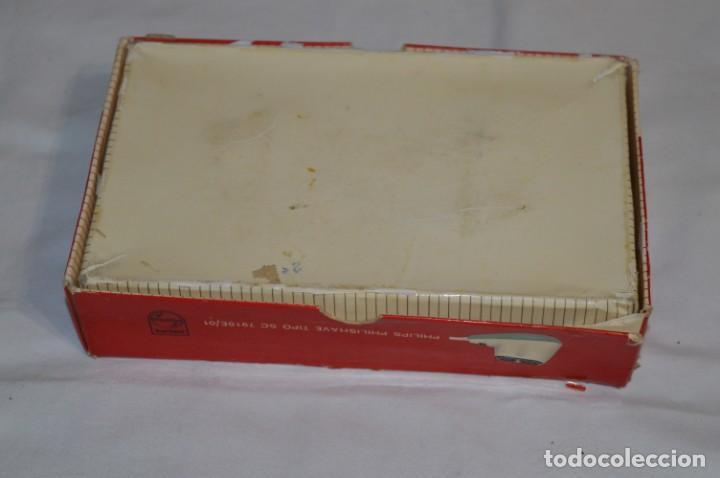 Antigüedades: ANTIGUA AFEITADORA ELÉCTRICA PHILISHAVE / PHILIPS - Caja e instrucciones originales / VINTAGE ¡MIRA! - Foto 14 - 214325091