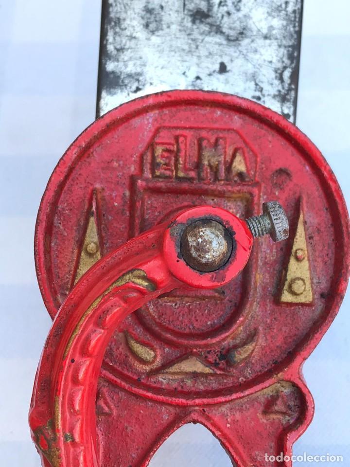 Antigüedades: ANTIGUO MOLINILLO PICADORA ELMA MOD. 1430 A - Foto 6 - 214654463
