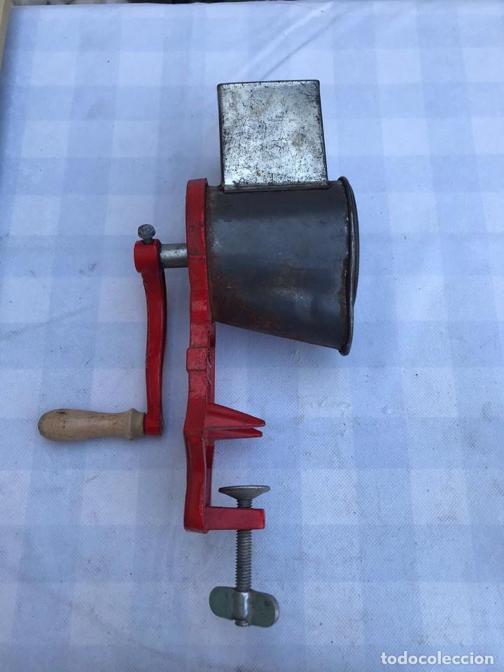 Antigüedades: ANTIGUO MOLINILLO PICADORA ELMA MOD. 1430 A - Foto 7 - 214654463
