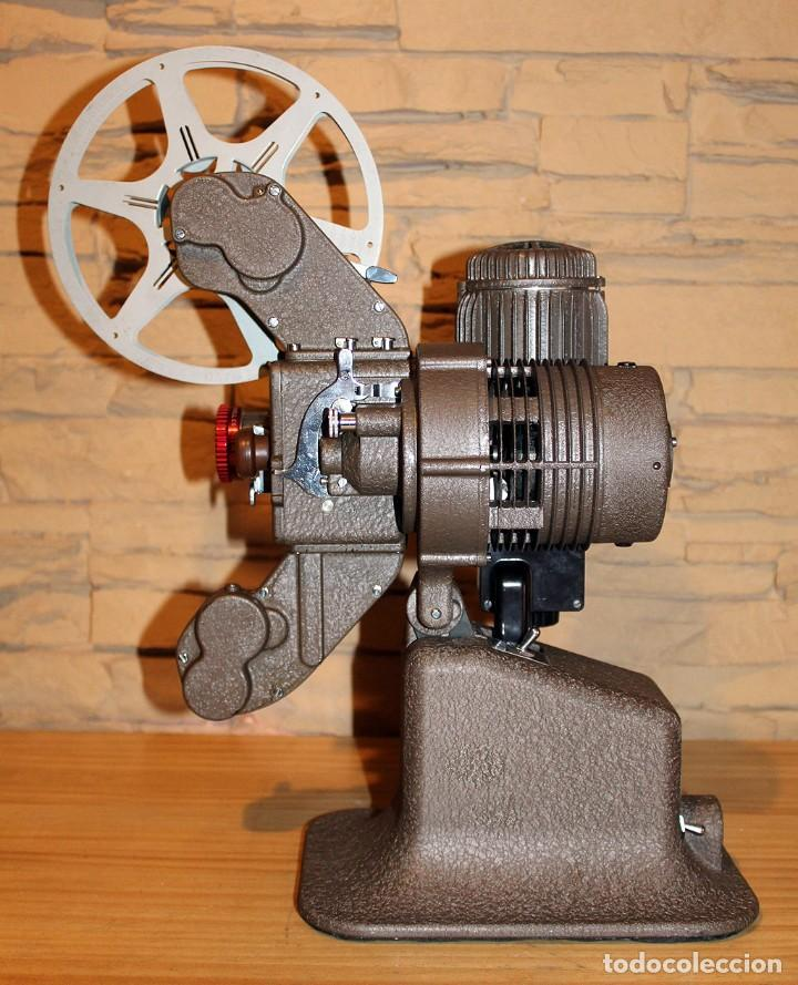 Antigüedades: ANTIGUO PROYECTOR BELL & HOWELL DIPLOMAT - 16mm - EN SU CAJA ORIGINAL - MUY BUEN ESTADO - Foto 14 - 214882676