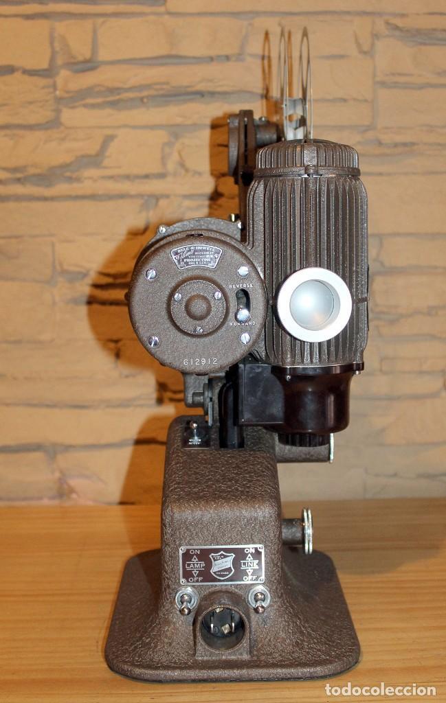 Antigüedades: ANTIGUO PROYECTOR BELL & HOWELL DIPLOMAT - 16mm - EN SU CAJA ORIGINAL - MUY BUEN ESTADO - Foto 15 - 214882676