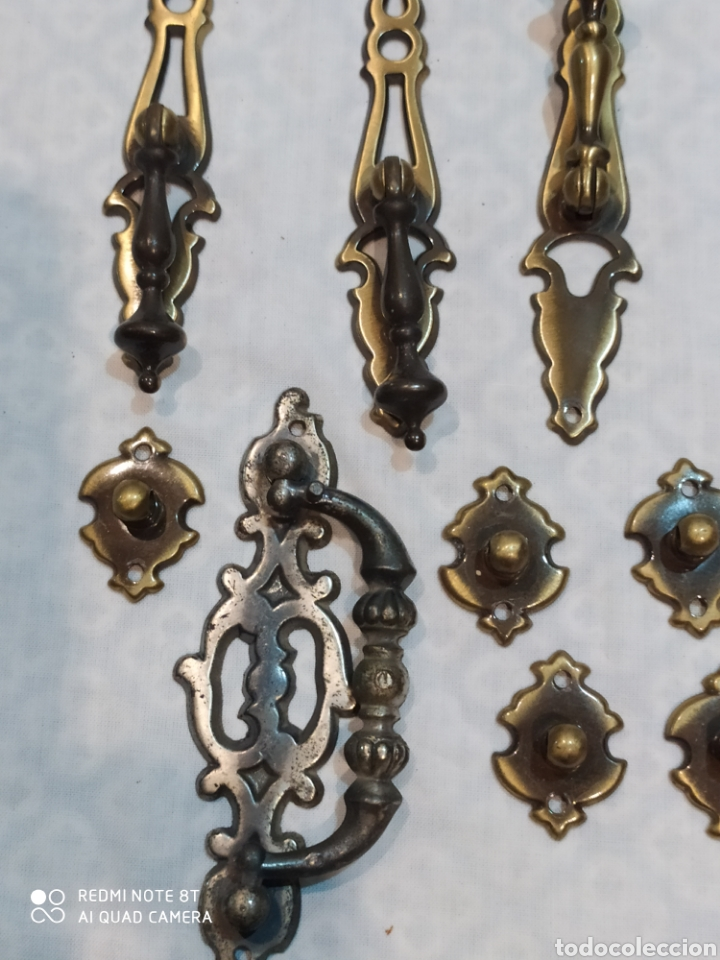 Antigüedades: Precioso lote de 39 tiradores de puertas - Foto 11 - 214946943