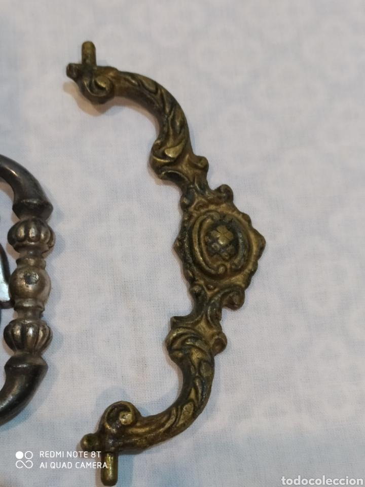 Antigüedades: Precioso lote de 39 tiradores de puertas - Foto 17 - 214946943