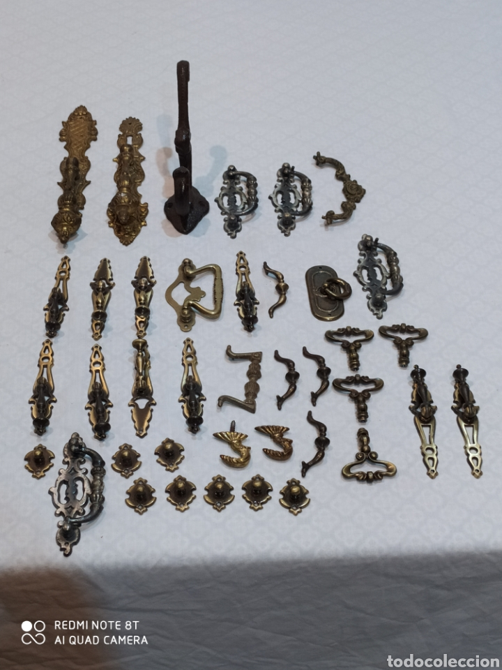 PRECIOSO LOTE DE 39 TIRADORES DE PUERTAS (Antigüedades - Técnicas - Cerrajería y Forja - Tiradores Antiguos)