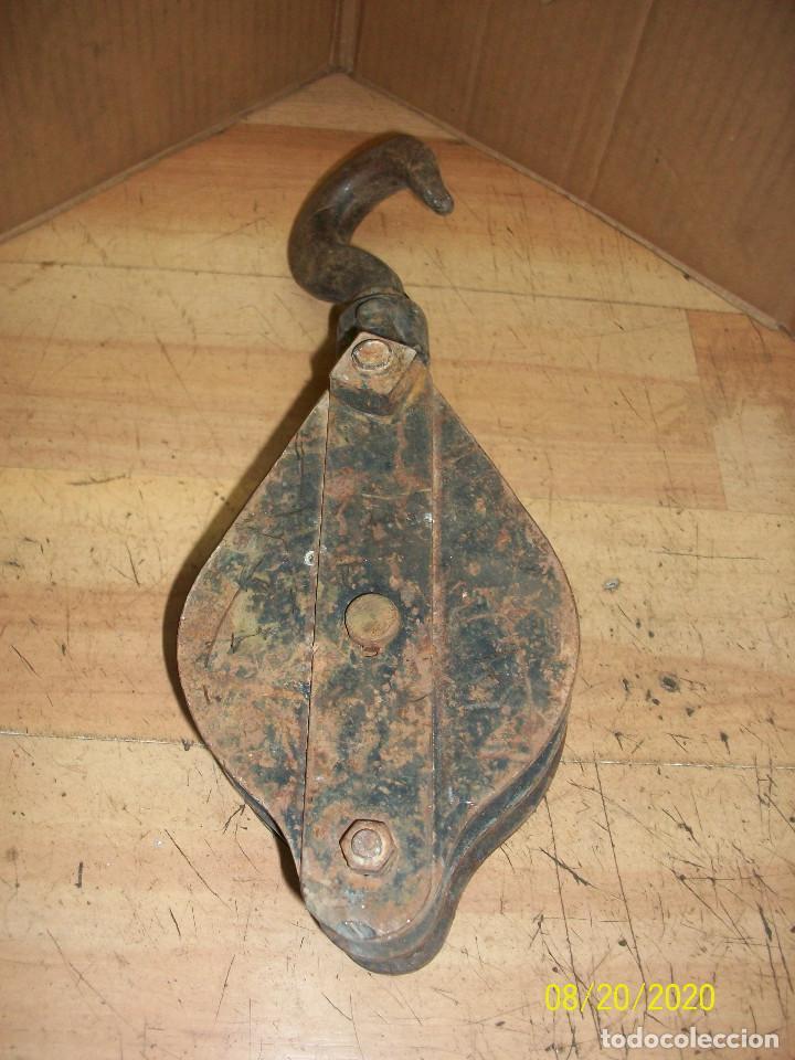 ANTIGUA POLEA/ROLDANA DOBLE (Antigüedades - Antigüedades Técnicas - Marinas y Navales)