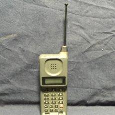 Teléfonos: TELEFONO MOVIL MOTOROLA MICRO TAC MODELO EXECUTIVE ANTENA SIN CARGADOR 16X6X4,5CMS. Lote 215065181
