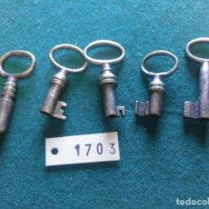 Antiquités: .LOTE PEQUEÑAS LLAVES ANTIGUAS. Lote 215069530