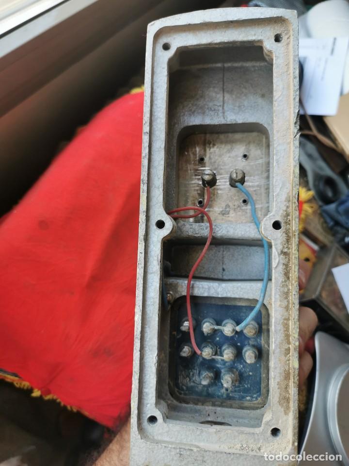 Antigüedades: Enchufe doble electricidad-telefono. RENFE, años 70-80 - Foto 7 - 215136265