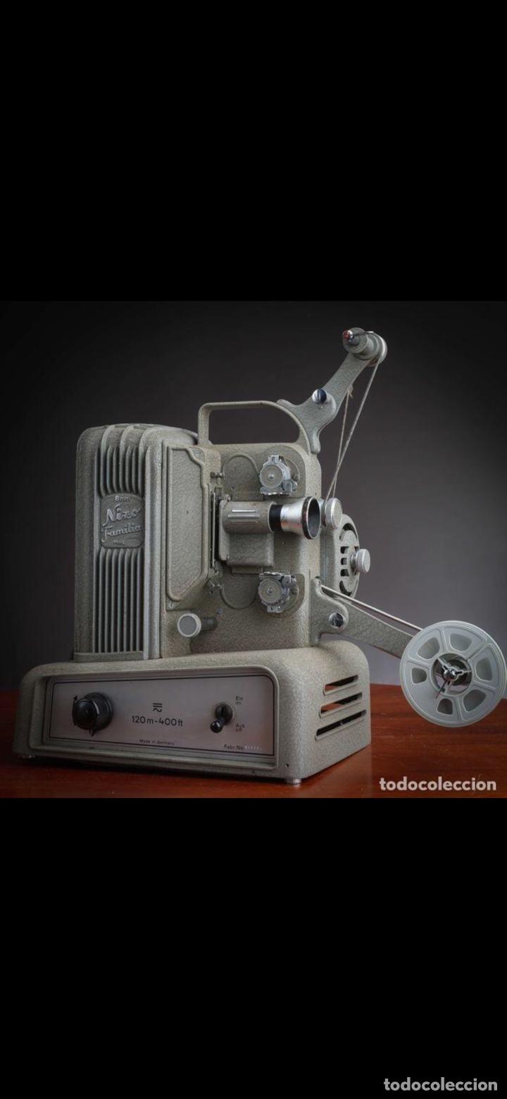 Antigüedades: Proyector Nizo Familia 8mm incluye caja y bombilla de repuesto - Foto 2 - 215303211