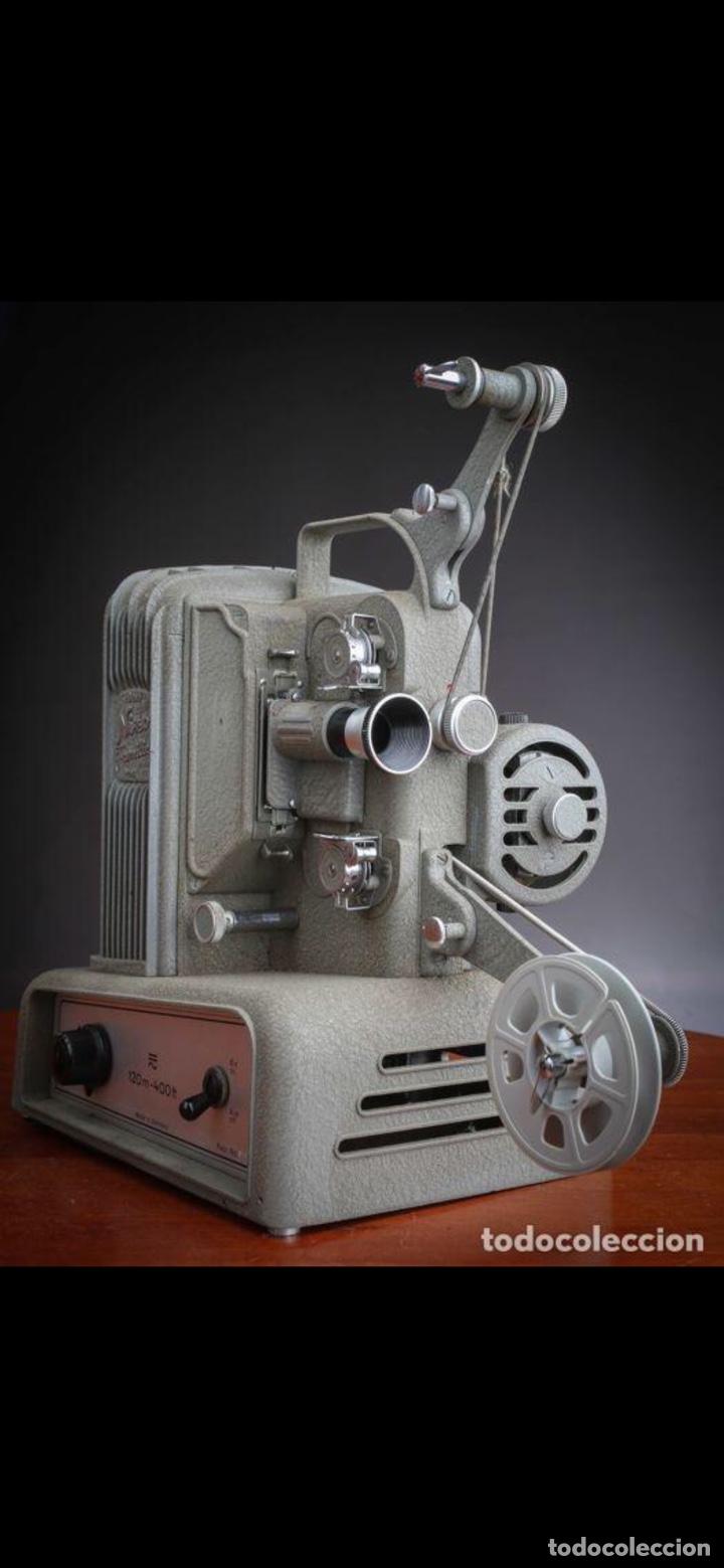 Antigüedades: Proyector Nizo Familia 8mm incluye caja y bombilla de repuesto - Foto 5 - 215303211