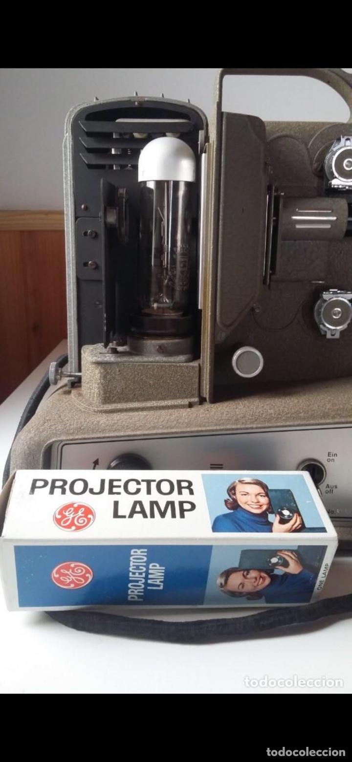 Antigüedades: Proyector Nizo Familia 8mm incluye caja y bombilla de repuesto - Foto 11 - 215303211