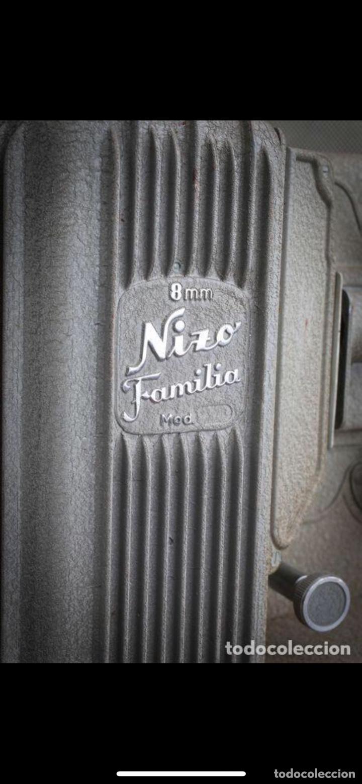 Antigüedades: Proyector Nizo Familia 8mm incluye caja y bombilla de repuesto - Foto 16 - 215303211