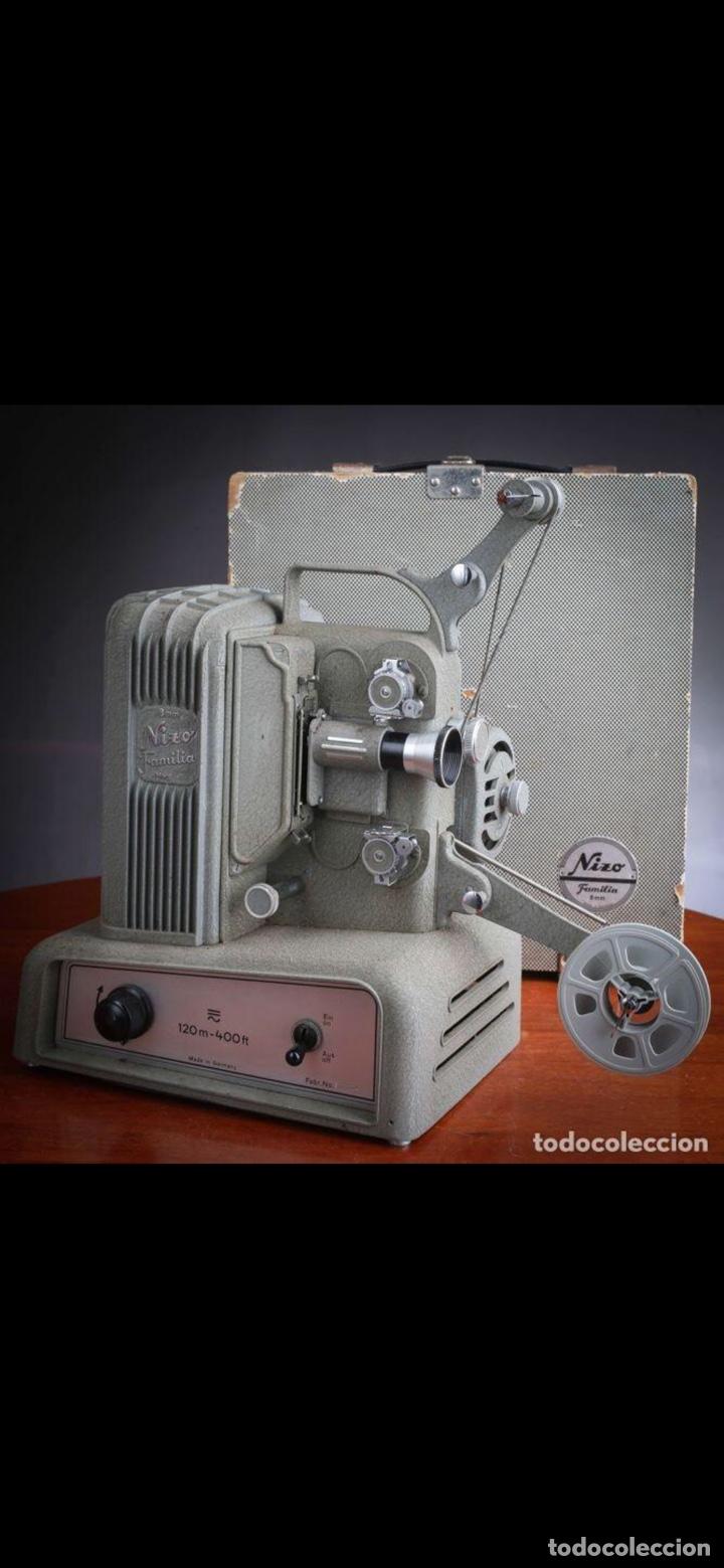 Antigüedades: Proyector Nizo Familia 8mm incluye caja y bombilla de repuesto - Foto 23 - 215303211