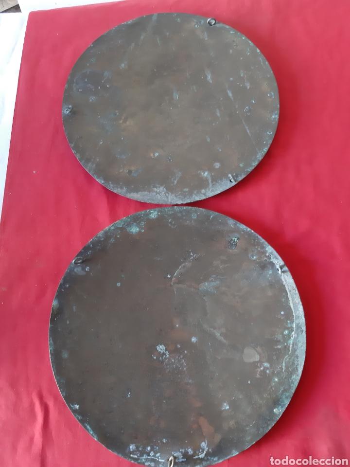 PAREJA DE PLATOS DE BRONCE PARA ROMANA CON CADENAS (Antigüedades - Técnicas - Medidas de Peso - Romanas Antiguas)