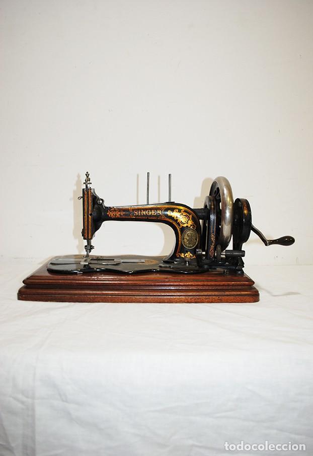 ANTIGUA MÁQUINA DE COSER SINGER PORTÁTIL (Antigüedades - Técnicas - Máquinas de Coser Antiguas - Singer)