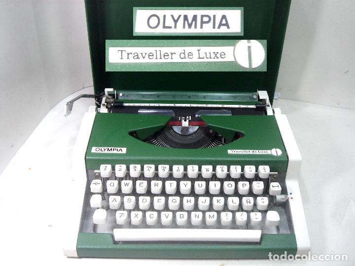 PERFECTA¡¡ OLYMPIA TRAVELLER DE LUXE -COLOR VERDE CON Ñ- MAQUINA DE ESCRIBIR 1972/73 - OLIMPIA (Antigüedades - Técnicas - Máquinas de Escribir Antiguas - Olympia)