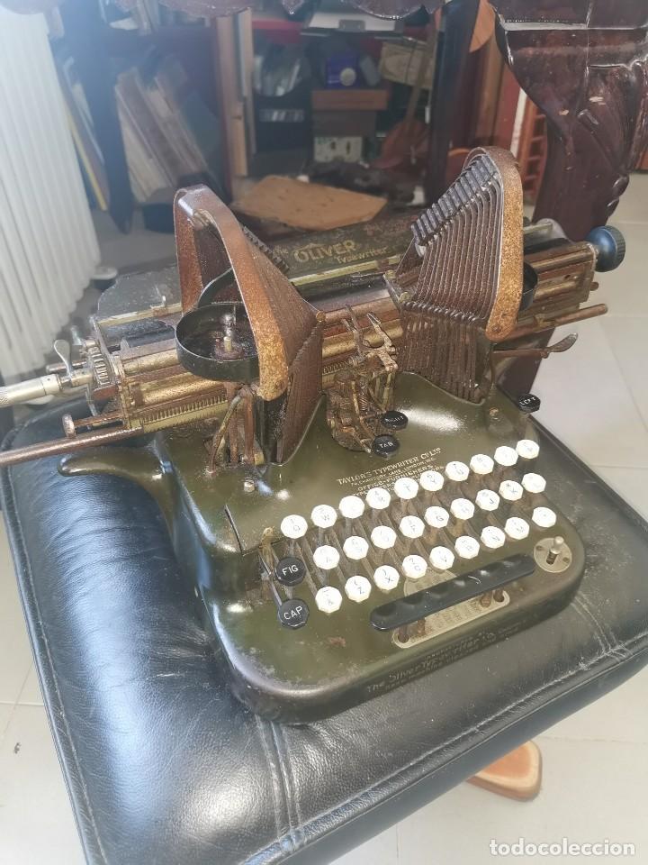MÁQUINA DE ESCRIBIR AMERICANA, THE OLIVER TYPEWRITER. NÚMERO 5.1909 (Antigüedades - Técnicas - Máquinas de Escribir Antiguas - Otras)