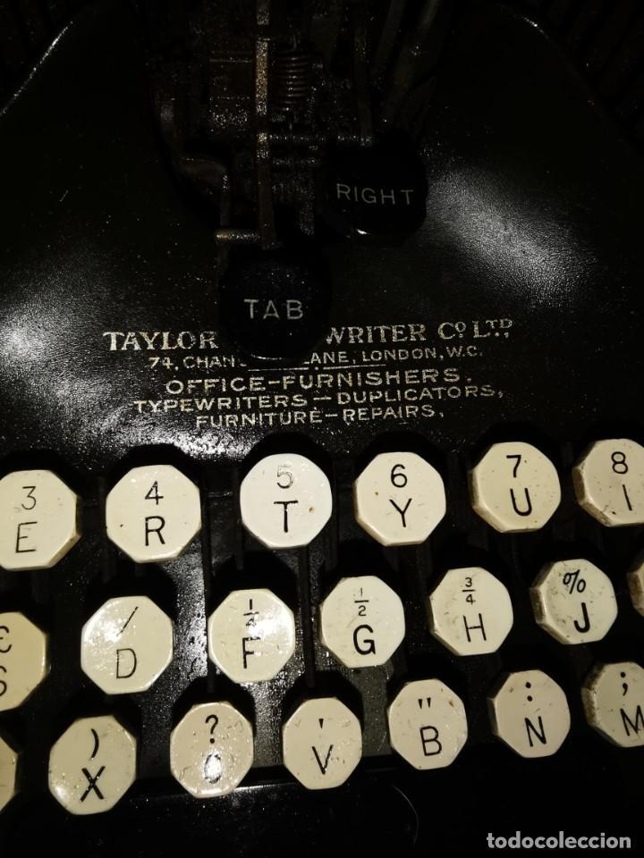 Antigüedades: Máquina de escribir americana, the Oliver typewriter. Número 5.1909 - Foto 8 - 215897580