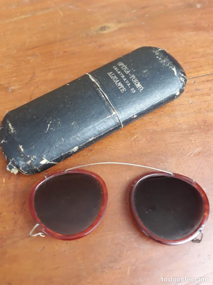 GAFAS REDONDAS CON FUNDA ORIGINAL - OPTICA TORMO (Antigüedades - Técnicas - Instrumentos Ópticos - Gafas Antiguas)