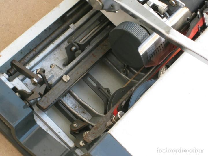Antigüedades: Maquina escribir Olympia. Traveller de Luxe. - Foto 11 - 215982575