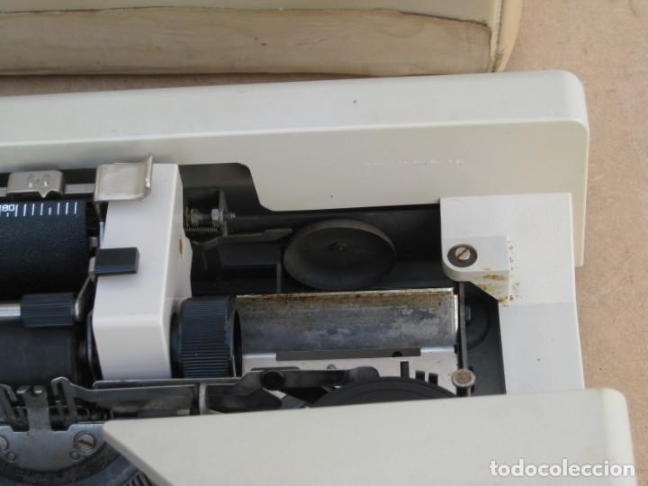 Antigüedades: Maquina escribir Olivetti Lettera 25 - Foto 7 - 215983865