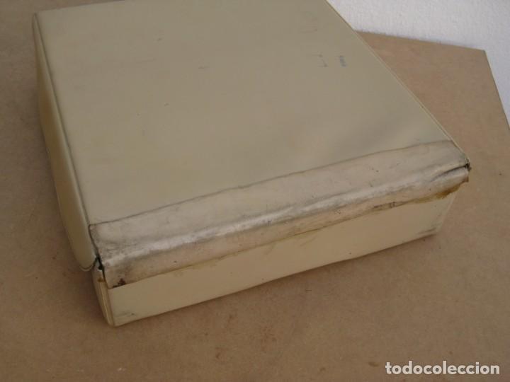 Antigüedades: Maquina escribir Olivetti Lettera 25 - Foto 21 - 215983865