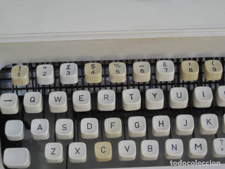 Antigüedades: Maquina escribir Topstar. Model 2000. Japan. - Foto 2 - 215984791