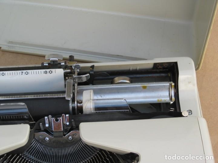 Antigüedades: Maquina escribir Topstar. Model 2000. Japan. - Foto 5 - 215984791
