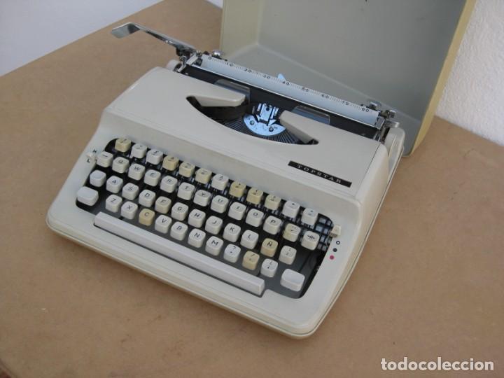Antigüedades: Maquina escribir Topstar. Model 2000. Japan. - Foto 8 - 215984791