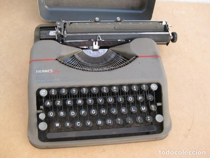 Antigüedades: Maquina escribir antigua. Hermes Baby. Suisse. - Foto 4 - 215985987