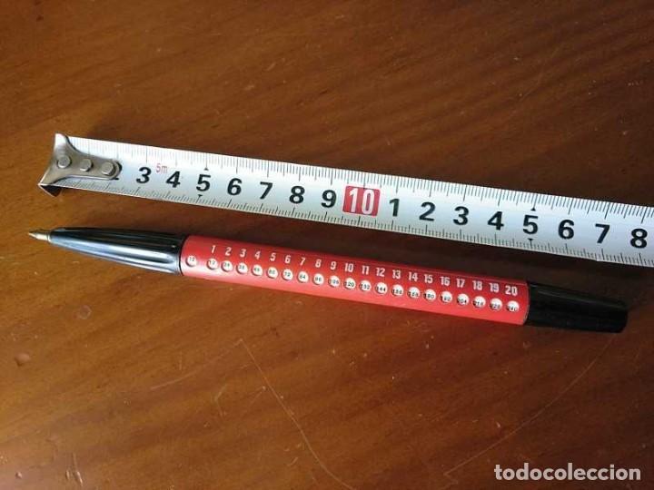 BOLIGRAFO CON LA TABLA - TABLAS DE MULTIPLICAR CALCULADORA - MULTIPLYING PEN - (Antigüedades - Técnicas - Aparatos de Cálculo - Calculadoras Antiguas)