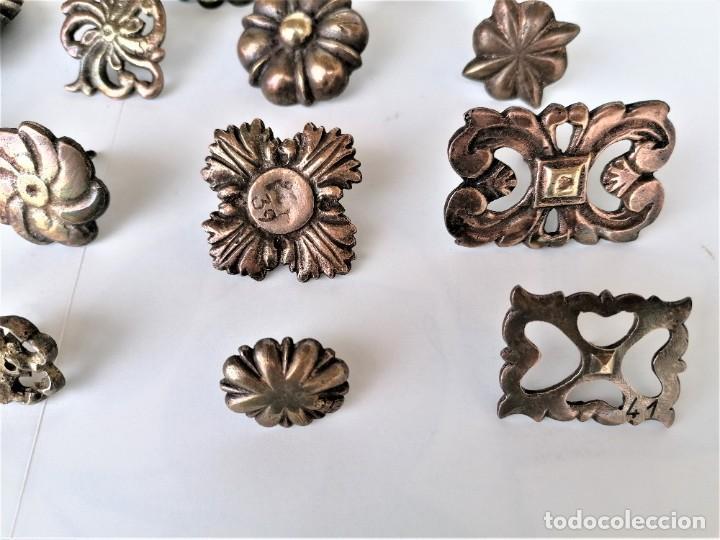 Antigüedades: COLECCION 19 ANTIGUOS BRONCES DECORATIVOS SIGLO XIX, PARA MUEBLES,BARCOS,CARROZAS,CABALLOS,CATALUNYA - Foto 3 - 216357080